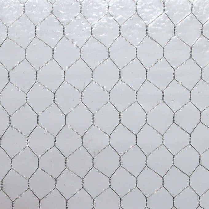 Hammered chicken wire glass