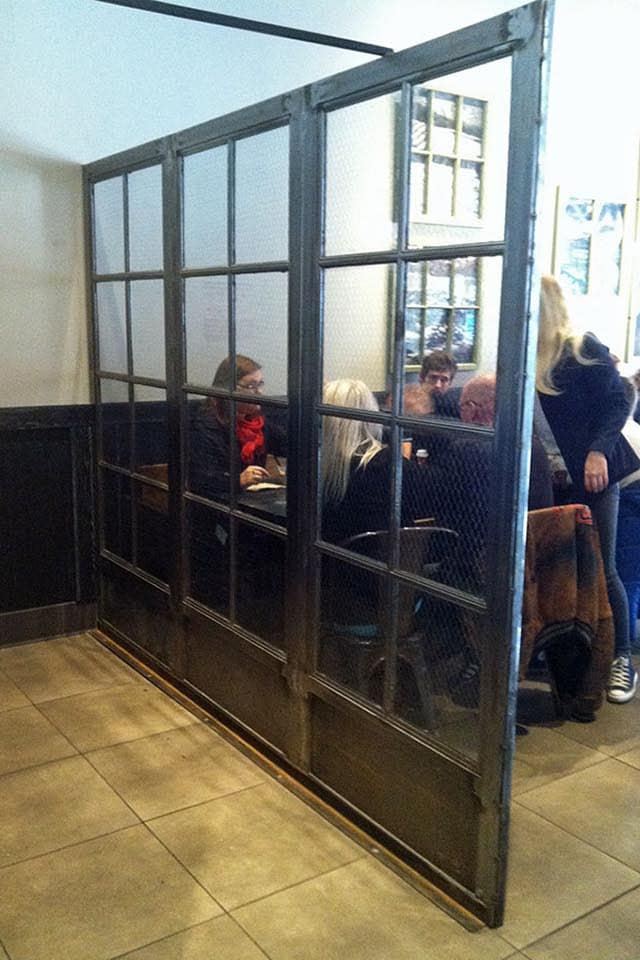 ... Starbucks En Wire Glass Windows ...